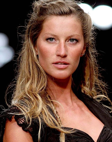 Gisele Bündchen, walks into 'semi-retirement'